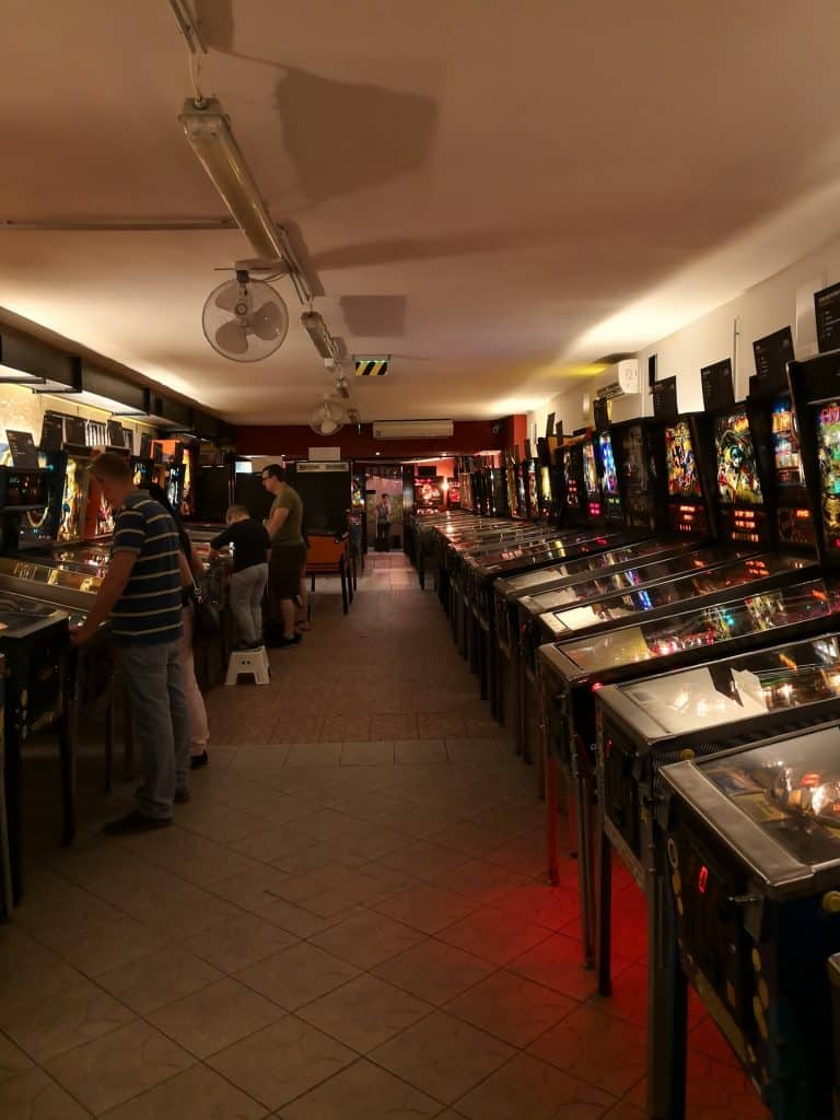 Budapest Day #2 - 10.30am Craft Beer, Walking & Pinball 7