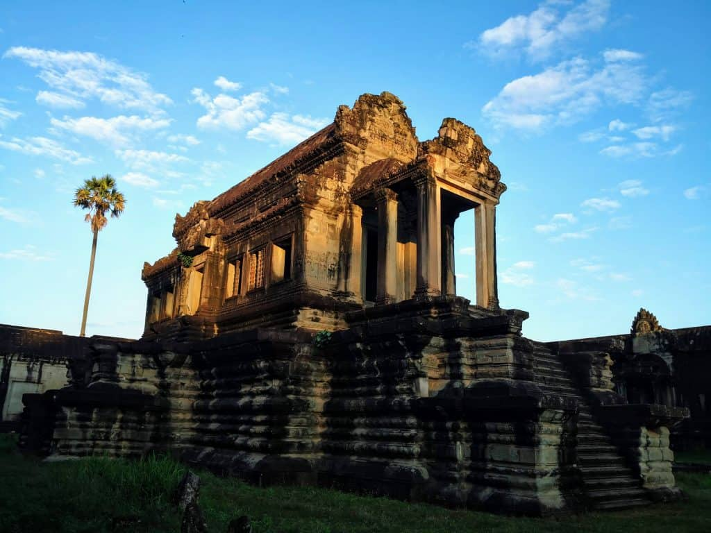 Cambodia #1- Siem Reap - Travel, Tours, Temples, Craft Beer & Temples 5