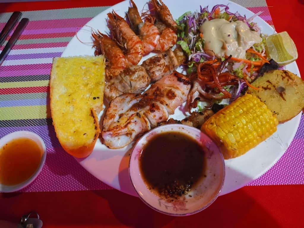 beach bbq food - samloem