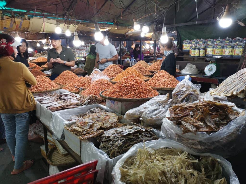crab market kampot pepper