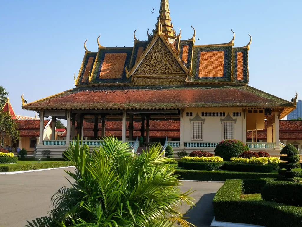 royal palace buildings Phnom Penh